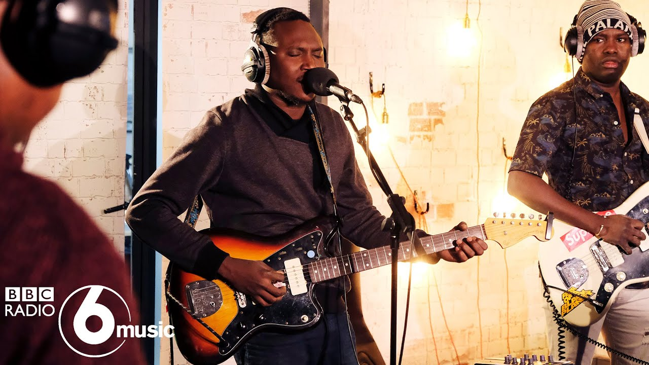 Songhoy Blues - Petit Metier (6 Music Live Room)