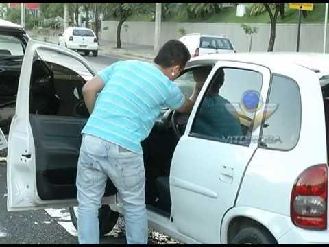 Motorista dorme ao volante e bate em carro parado na Rondon Pacheco