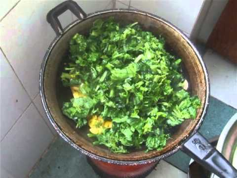 Palak Aaloo Recipe Indian Style In Hindi