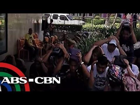 Libu-libo ang sinubok ang kahandaan sa 'The Big One,' at prinaktis ang mga papel na kanilang gagampanan sa idinaos na pambansang earthquake drill kanina. Subscribe to the ABS-CBN News channel!...