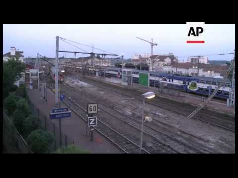 France - Train derails killing at least six people near Paris