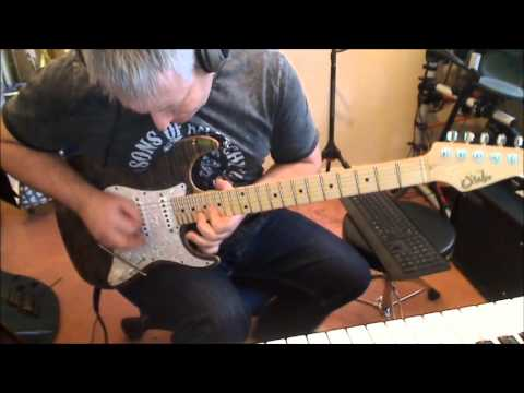 Jamming over blues backing track for Reddit /r/bluesguitarist