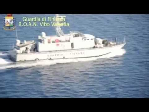 Italy: 102 Syrian migrants rescued from fishing boat
