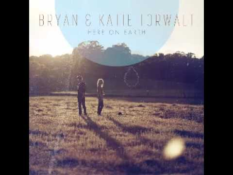 Bryan And Katie Torwalt - Nothing Holding Me Back