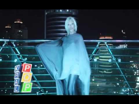 Arada Sırada + lyrics (Official - Orjinal Video Klip) İLK KEZ!!!