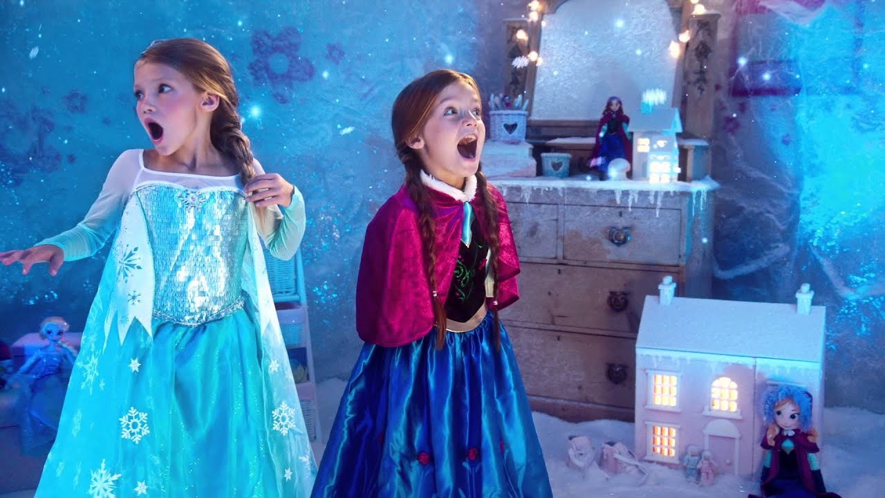 disney store d couvrez la magie de la reine des neiges youtube. Black Bedroom Furniture Sets. Home Design Ideas