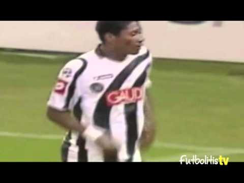 Futbolitis   Asamoah Gyan