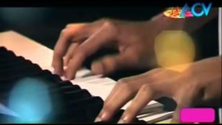 Pattum Valayum - Onakkodi Uduthu Maanam