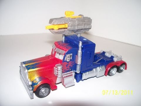TRANSFORMERS 3 DOTM OPTIMUS PRIME DELUXE CLASS WALMART EXCLUSIVE MOVIE TOY REVIEW