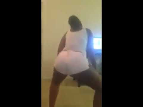 Ebony Shaking Her Ass While Watching A Tv Show Wow What Skill Must See video