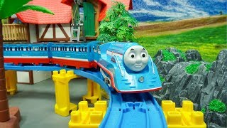 Thomas and Friends Toy Trains play fun Video for Kids