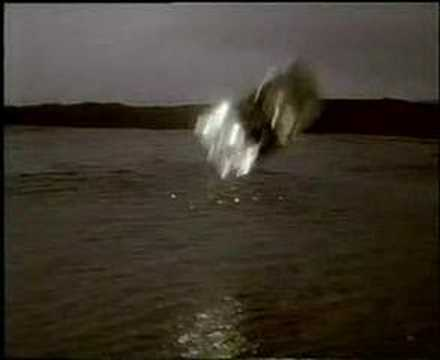 Inspiral Carpets - This Is How It Feels video
