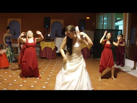 Baile damas de honor y la novia ( ayer la vi )