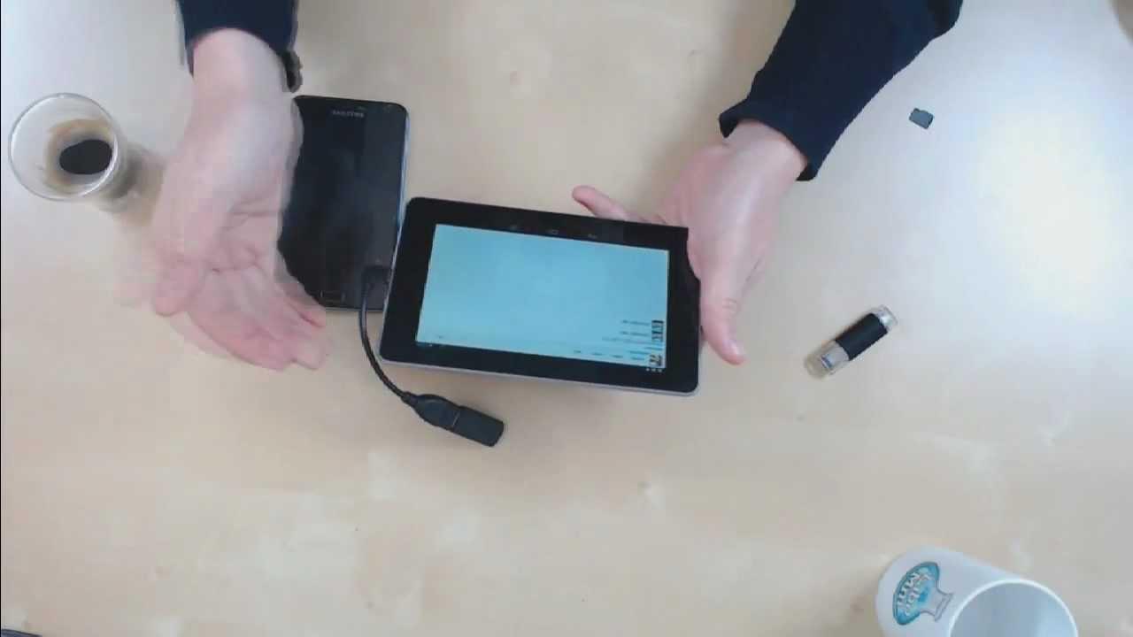 Tablette Avec Usb Clé Usb Sur Une Tablette