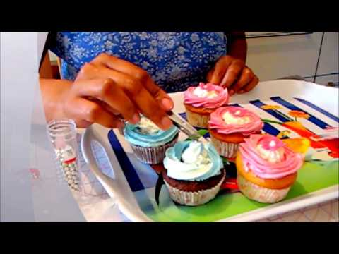 Cupcake Decorating  - Part I