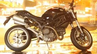 Ducati Monster 2009 Test - Streetfighter
