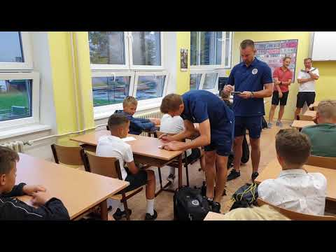 První školní den - Votroci vítali děti na ZŠ Sever