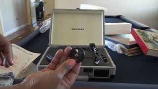 Crosley Cruiser Deluxe Record Player Unboxing & First Sounds!