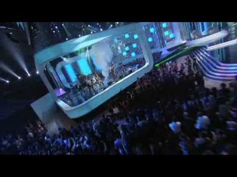[premios Billboard 2011] Pitbull  Bom Bom - En Vivo Parte 1 video
