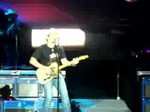 Brad Paisley - Mr Policeman