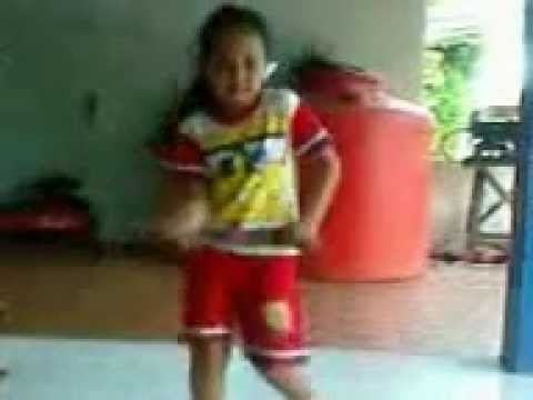 chiea Litle Smart Girl  .3gp video