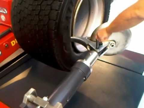 M&b Engineering Italy - New Dido Xxl-l Truck Tire Changer video