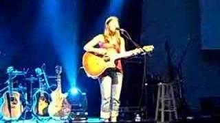 Watch Bethany Dillon Hallelujah video
