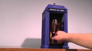 TARDIS model / Sonic screwdriver display