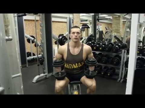 Как накачать грудь - упражнения и методики