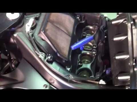 2006 07 yamaha R6 spark plugs, air filter replacement