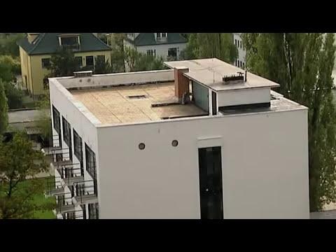 Architecture 01of 23 The Dessau Bauhaus.avi