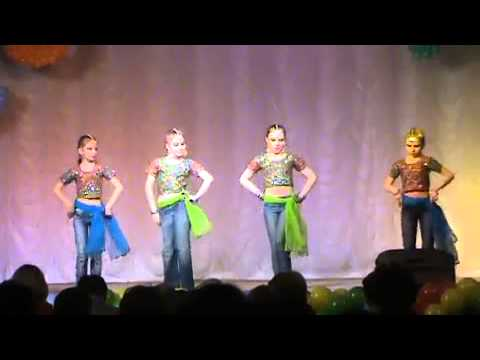 Russian Children Dancing Bollywood Song video