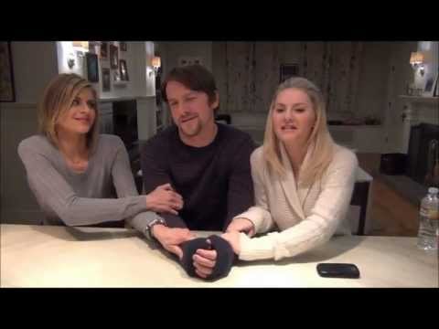 Happy Endings costars talk to MomsLA.com