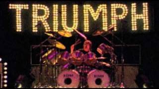 Triumph - Love Hurts (Video)