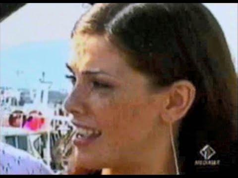 11.08.2001 – Vanessa Incontrada Intervista Gli Ex Presidenti – Bande Sonore, Italia1.