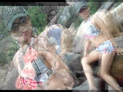 DANGDUT DISCO REMIX   BASAH BASAH FARIDA IKESARI MBC wmv   YouTube