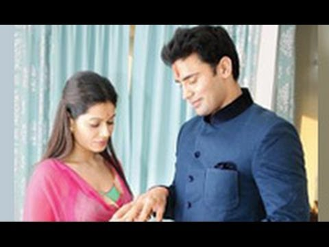 Sangram & Payal's Engagement | Hindi Latest News | Valentine's Night, Bigg Boss 7 video