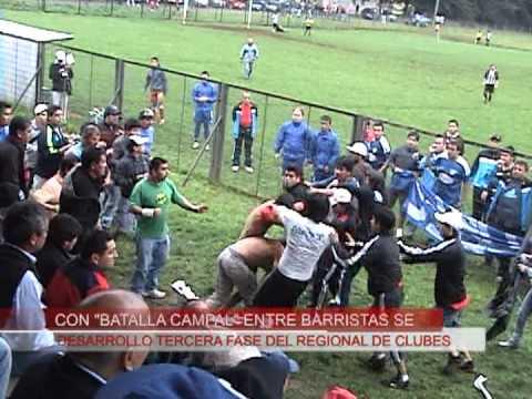 Batalla campal entre barristas de fútbol amateur-imágenes atv Valdivia