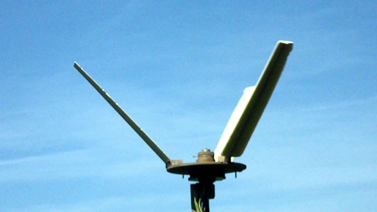 Experimental V rotor vertical axis wind turbine - YouTube