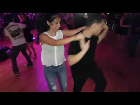 Melvin y Vanessa - Salrica Salsa Social