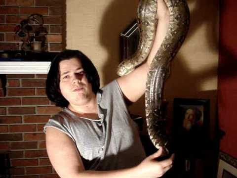 7 ft Red Tail Boa Constrictor - Ricardo Video