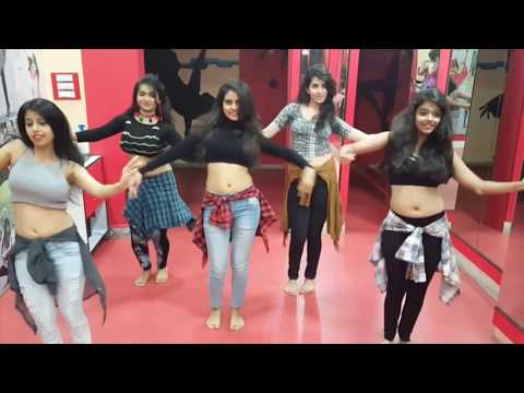 Belly Dance Performance by 5 Indian girls It's just Amazing aLL
