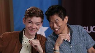 Swipe Right! The Stars of Comic-Con Play Superhero Tinder
