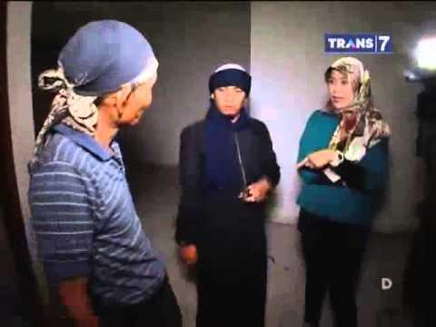 Dua Dunia Eps. Rabu, 26 Maret 2014 • Rumah Hantu Mundu Mesigit Full video