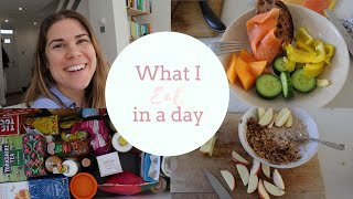 WHAT I EAT IN A DAY | Quick and Easy Meals & My Daily Supplements