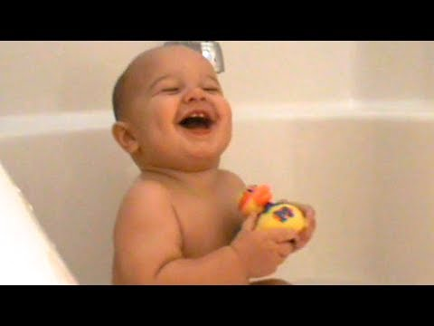 funny baby laugh in the bathtub hysterical laughing baby youtube. Black Bedroom Furniture Sets. Home Design Ideas