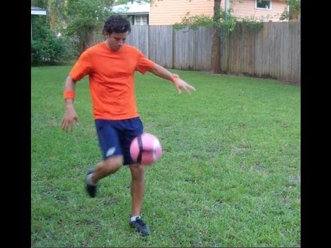 Soccer Shooting – Soccer Volley with Top Spin