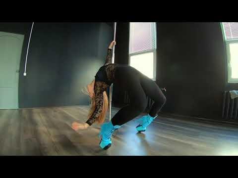 Очень крутая девушка танцует exotic pole dance!