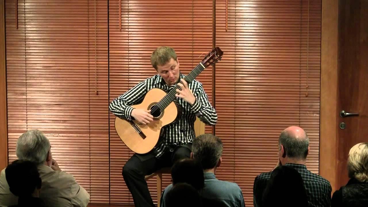 Gmundur thor johannesson guitar atli heimir sveinsson for Casa luthier barcelona