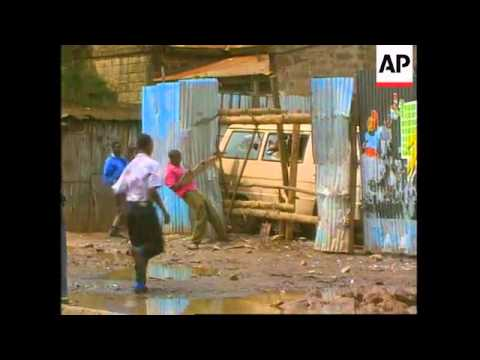 Kenya - Clashes between police and protestors
